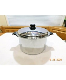 CUTCO 10 QT ROASTER STOCK POT  5 PLY STAINLESS STEEL WATERLESS COOKWARE