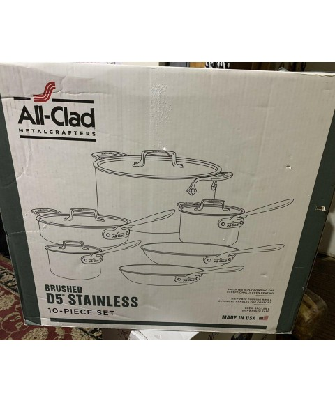 ALL- CLAD D5 brushed stainless steel (10 piece set cookware )
